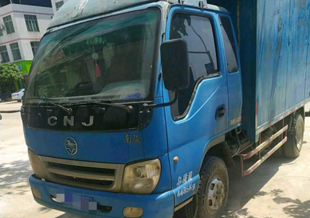 南骏瑞宝 载货车  112匹 2010年09月 4x2