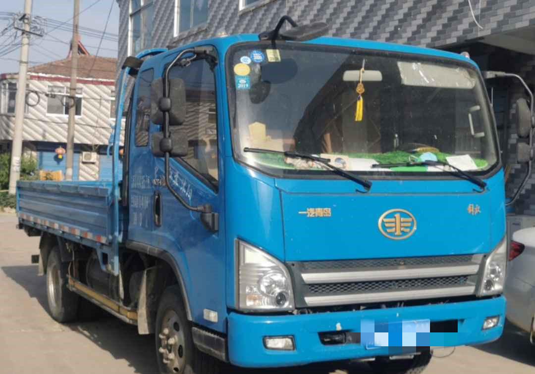 青島解放其他車系 載貨車  124匹 2015年12月 4x2