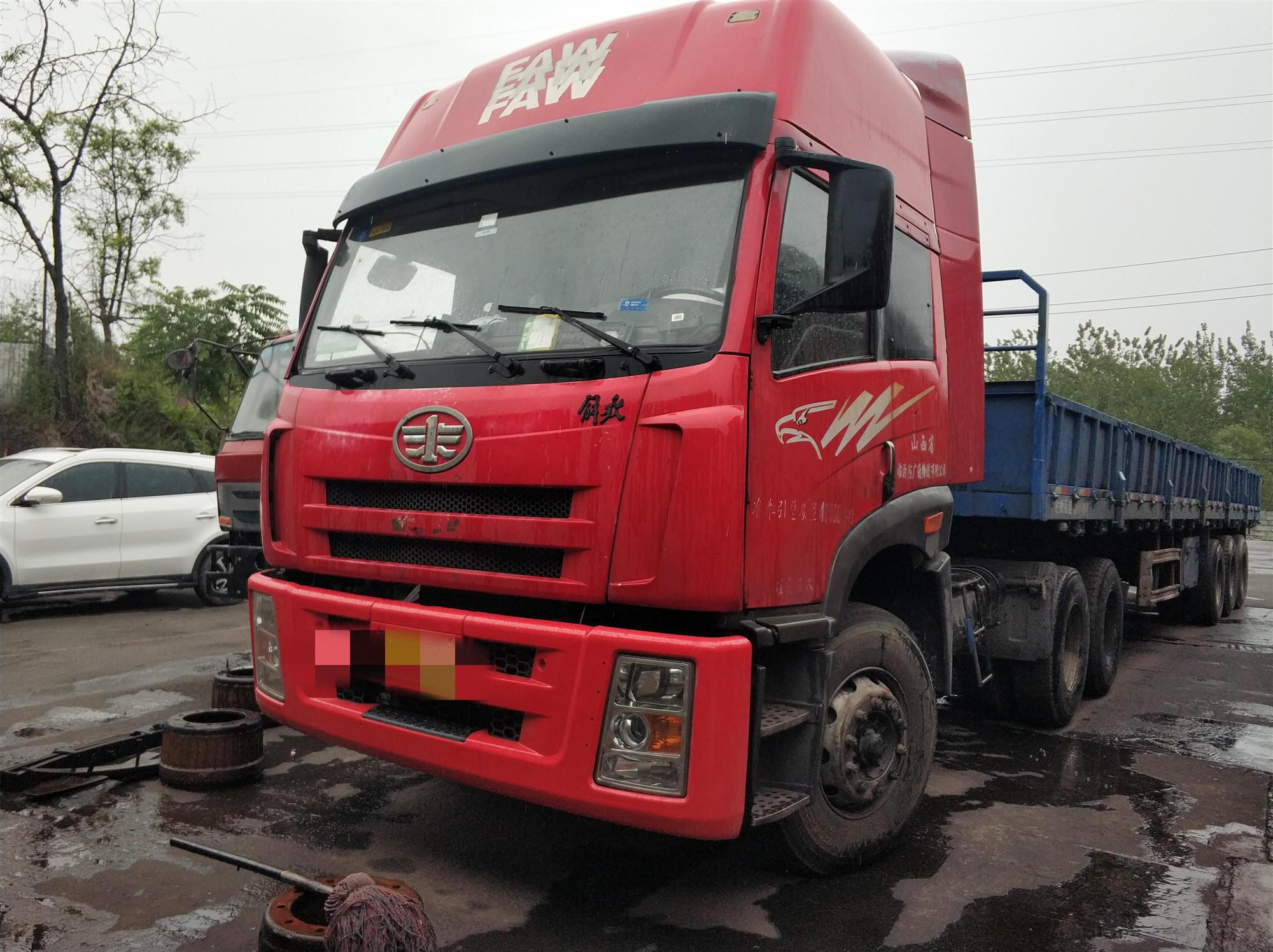 一汽解放其他車系 牽引車  375匹 2011年09月 6x4