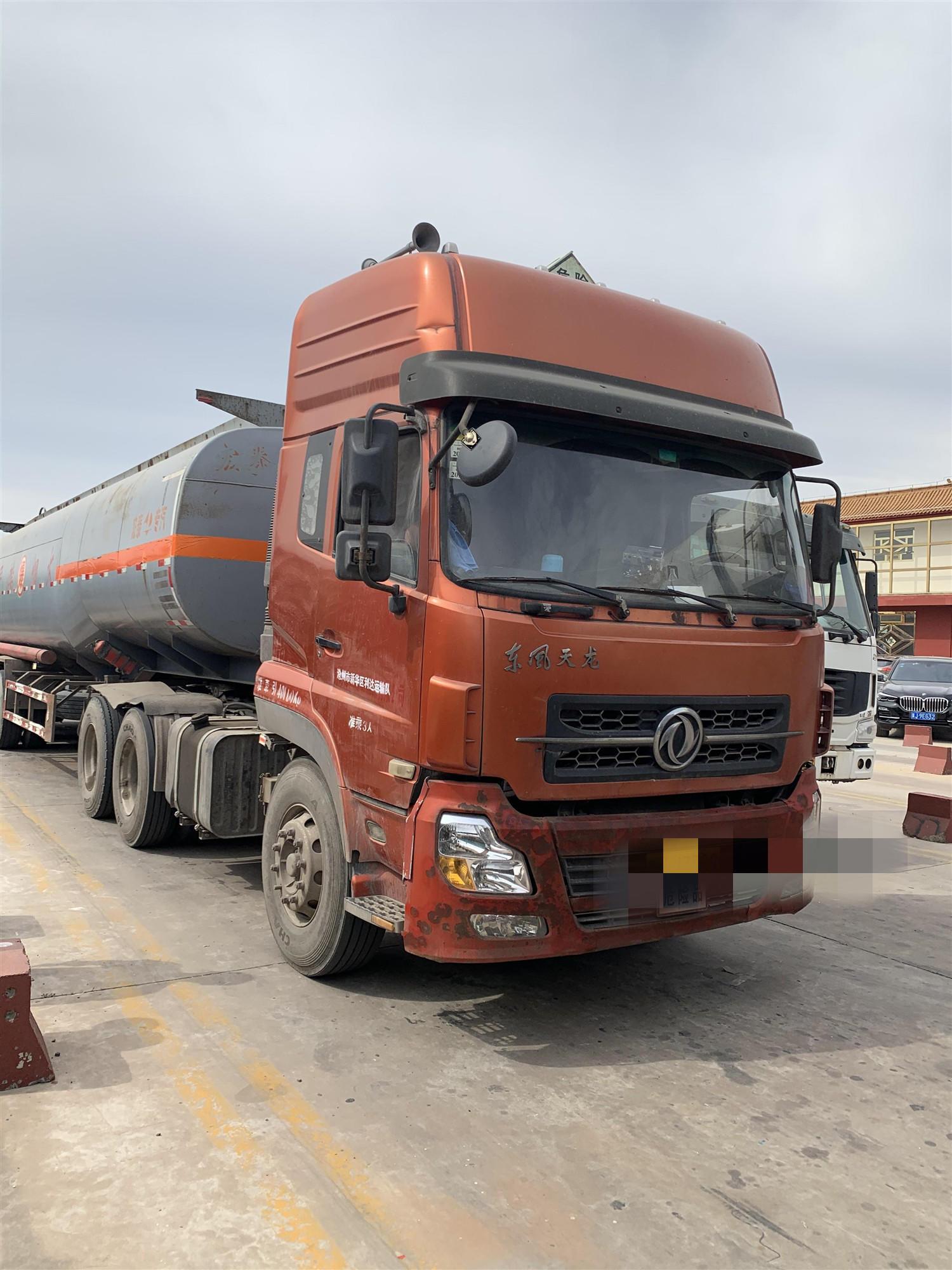 東風其他車系 牽引車  340匹 2012年06月 6x4