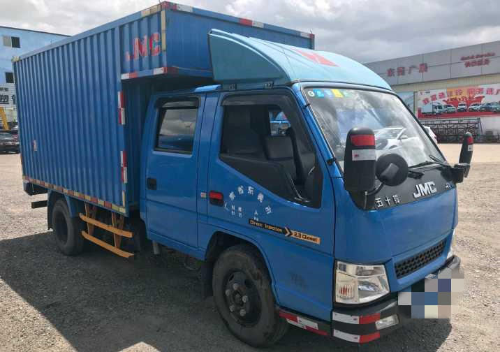 五十铃E系列 载货车  116匹 2015年06月 4x2