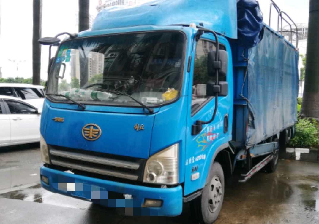 青岛解放其他车系 载货车  110匹 2013年11月 4x2