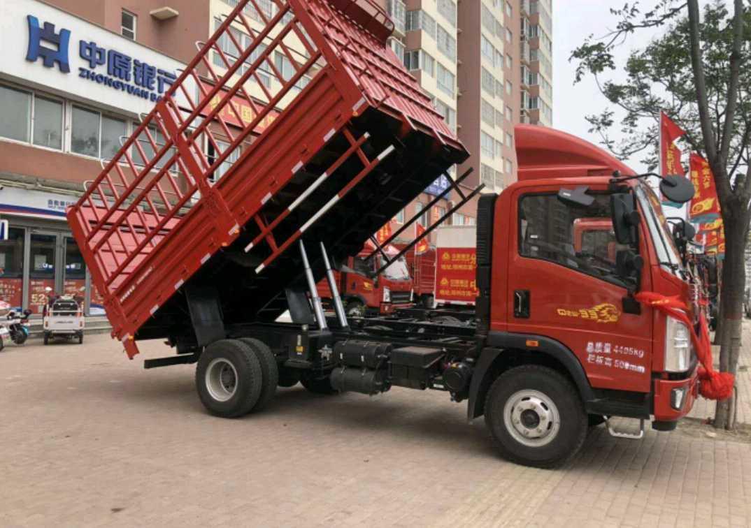 中国重汽豪曼 载货车  1601匹 2020年05月 4x2