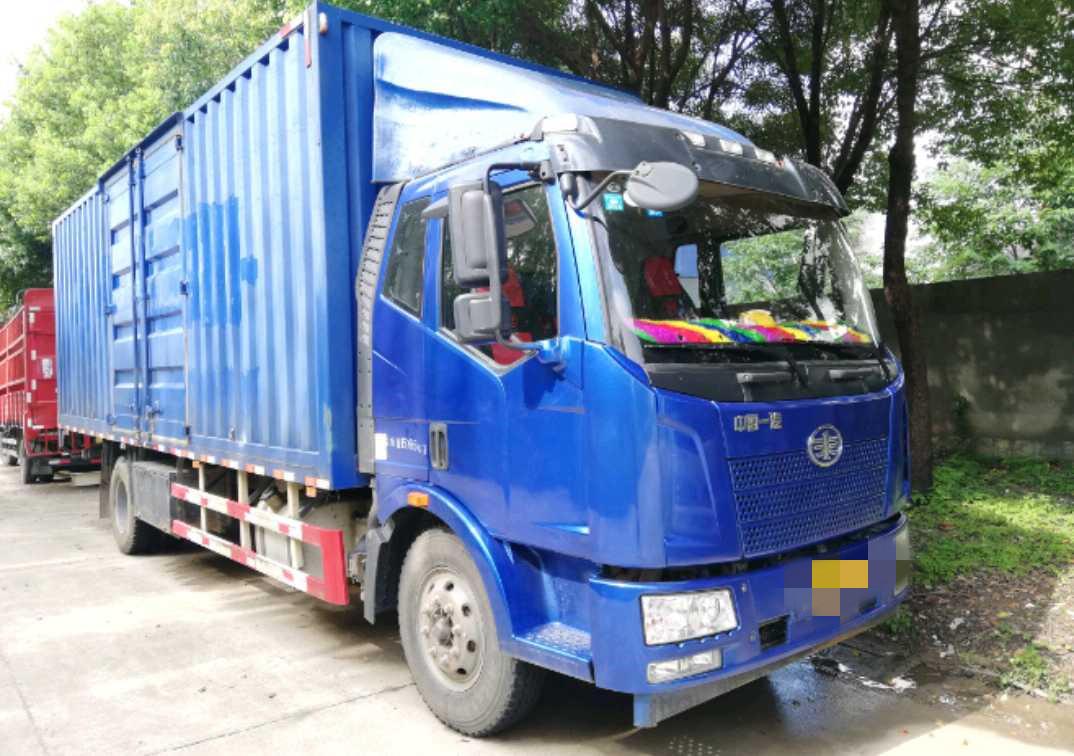 一汽解放J6P重卡 載貨車  160匹 2016年06月 8x2