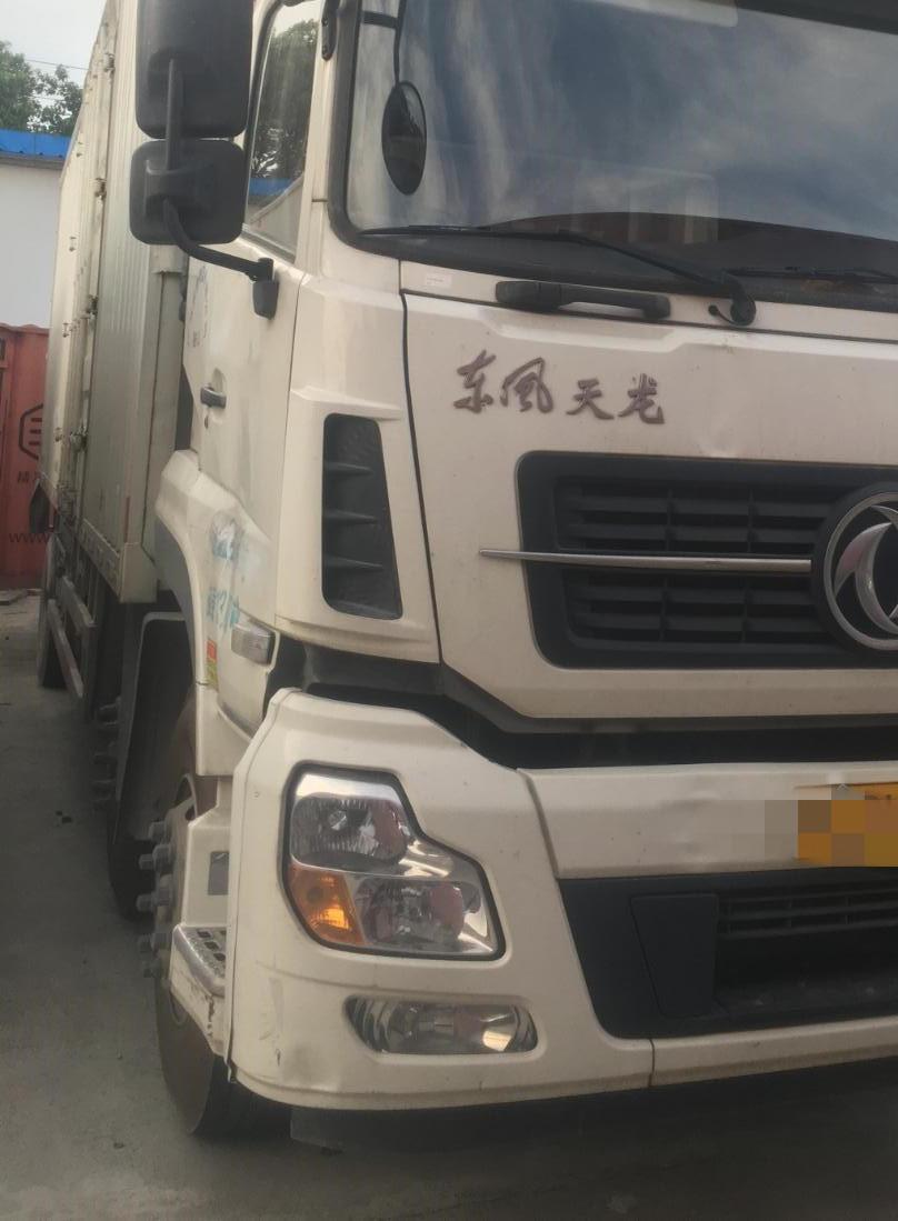 東風天龍 牽引車  245匹 2017年11月 6x4