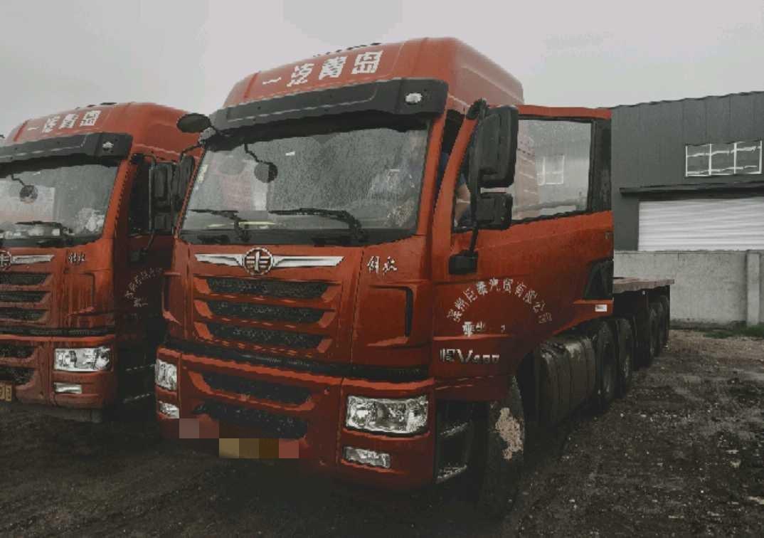 青岛解放悍V 牵引车  400匹 2019年09月 6x4