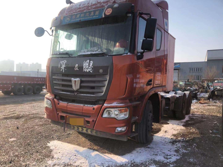 联合卡车U400重卡 牵引车  340匹 2016年10月 6x4