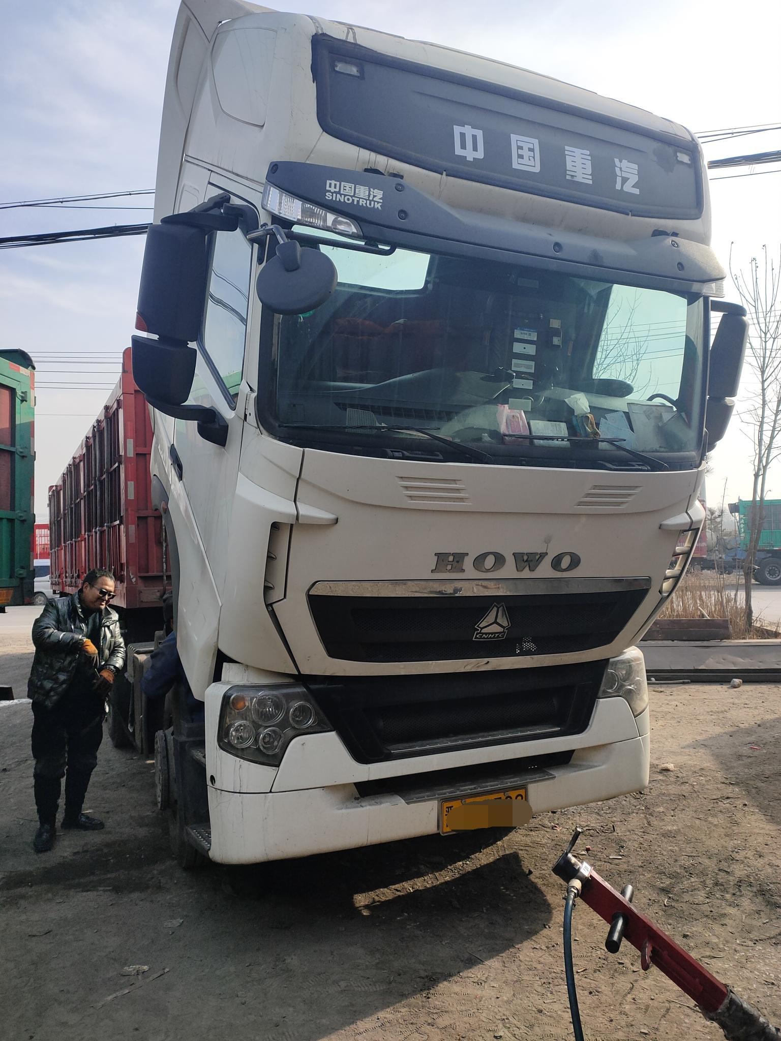 中国重汽HOWO 牵引车  440匹 2017年06月 6x4