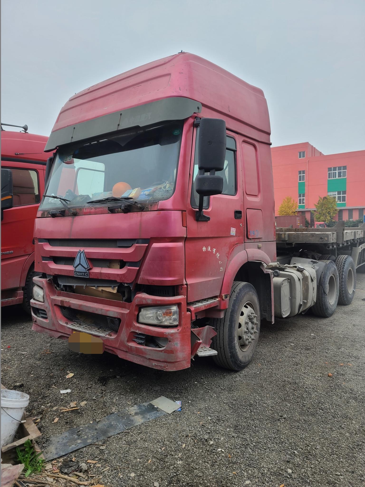 中国重汽其他车系 牵引车  336匹 2011年10月 6x4
