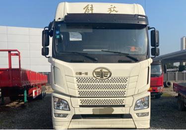 一汽解放新J6P重卡 牵引车  500匹 2018年04月 6x4