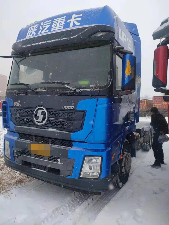 陕汽德龙X3000 牵引车  430匹 2017年11月 6x4