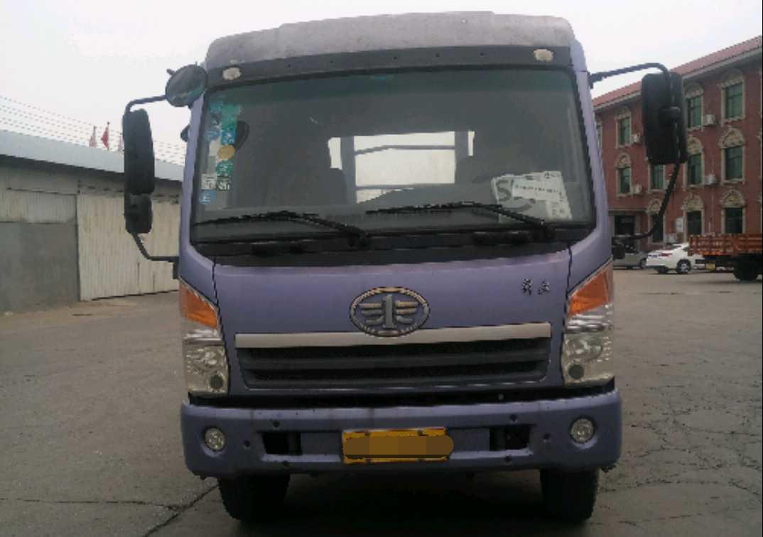 青岛解放其他车系 载货车  160匹 2012年05月 4x2