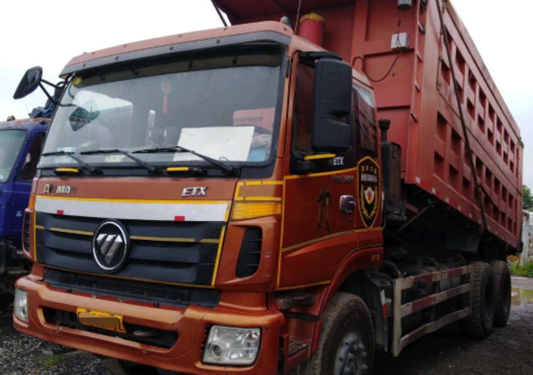 福田欧曼欧曼ETX 自卸车  340匹 2014年04月 8x2