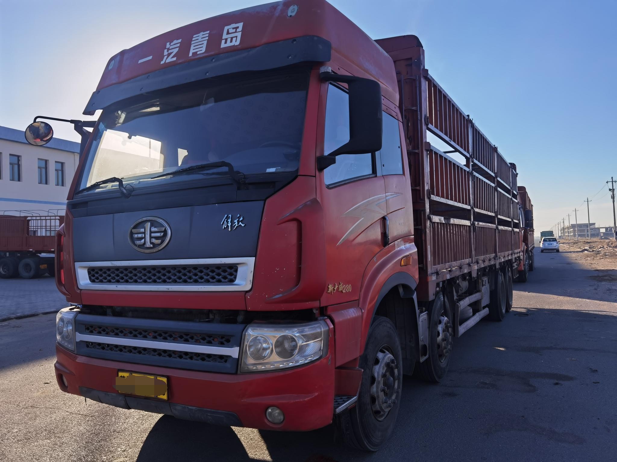 青岛解放其他车系 牵引车  550匹 2012年03月 6x4