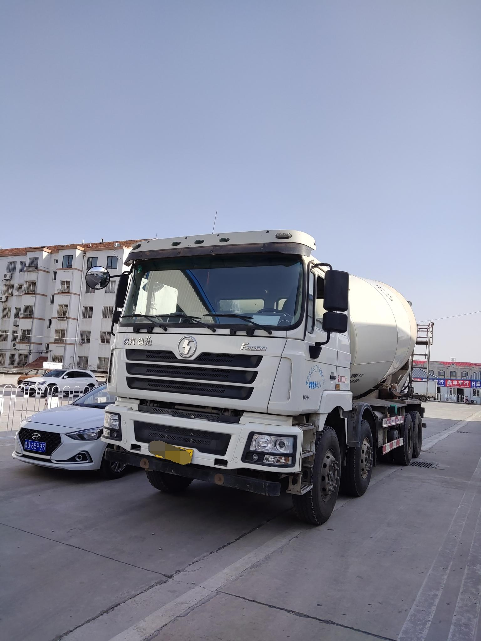 陕汽德龙F3000 混凝土搅拌车  375匹 2018年08月 8x4