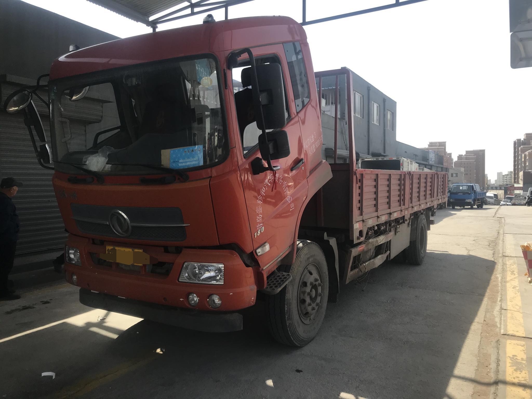 东风天锦 载货车  180匹 2018年02月 4x2