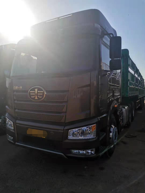 一汽解放J6P重卡 牵引车  550匹 2019年01月 8x4