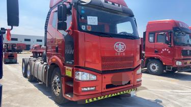 一汽解放J6P重卡 寒区版 牵引车  420匹 2018年05月 6x4