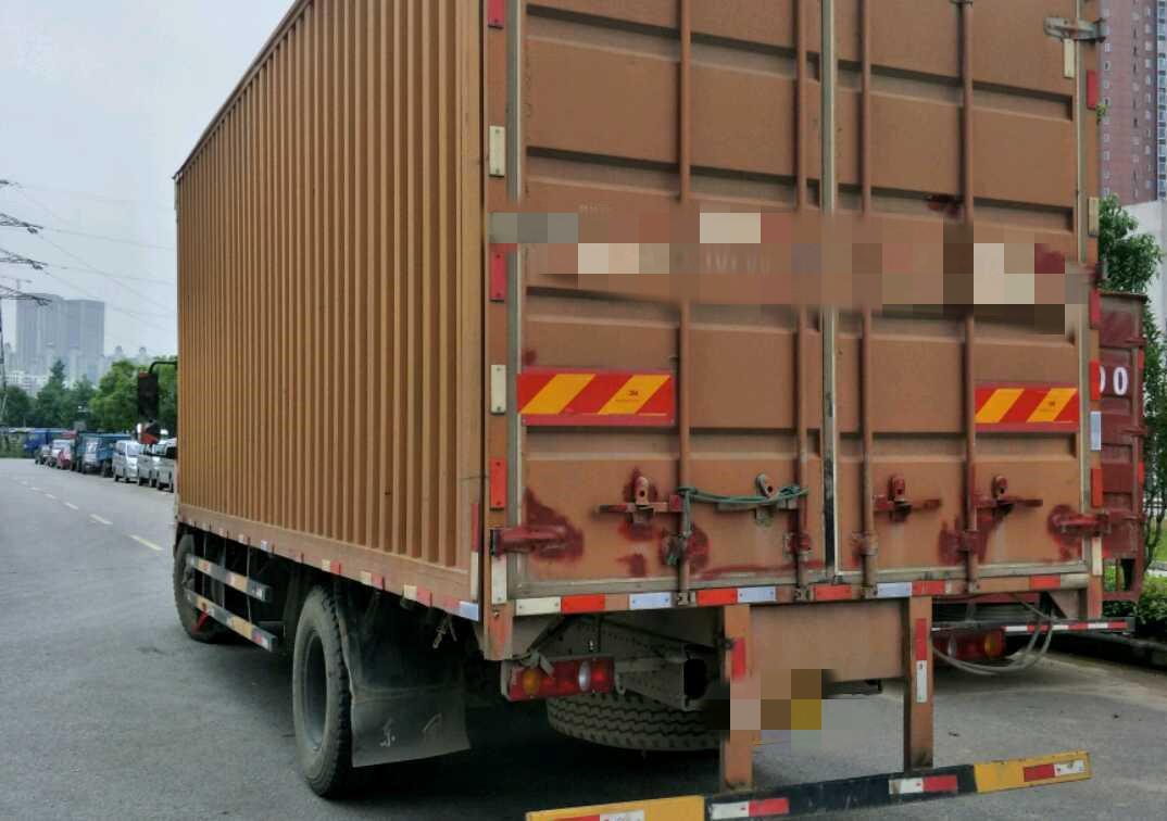 东风天锦 载货车  160匹2017年06月 4×2 国五